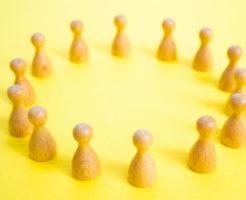 大人数での会話が苦手~コツを知って平気で会話の輪に入れるようになったイメージ画像1