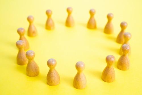 大人数での会話が苦手~コツを知って平気で会話の輪に入れるようになった